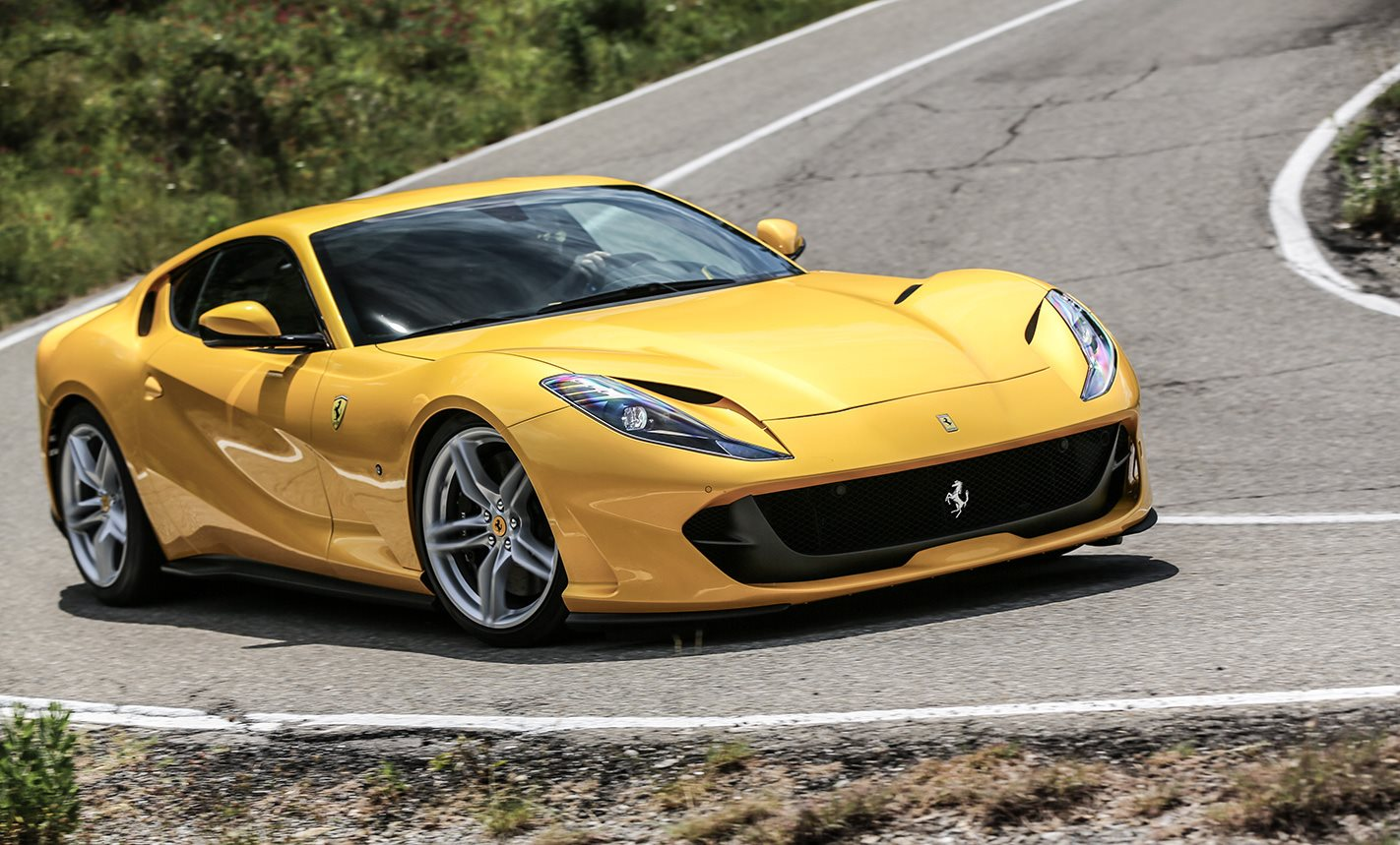 2018 Ferrari 812 Superfast turning.jpg