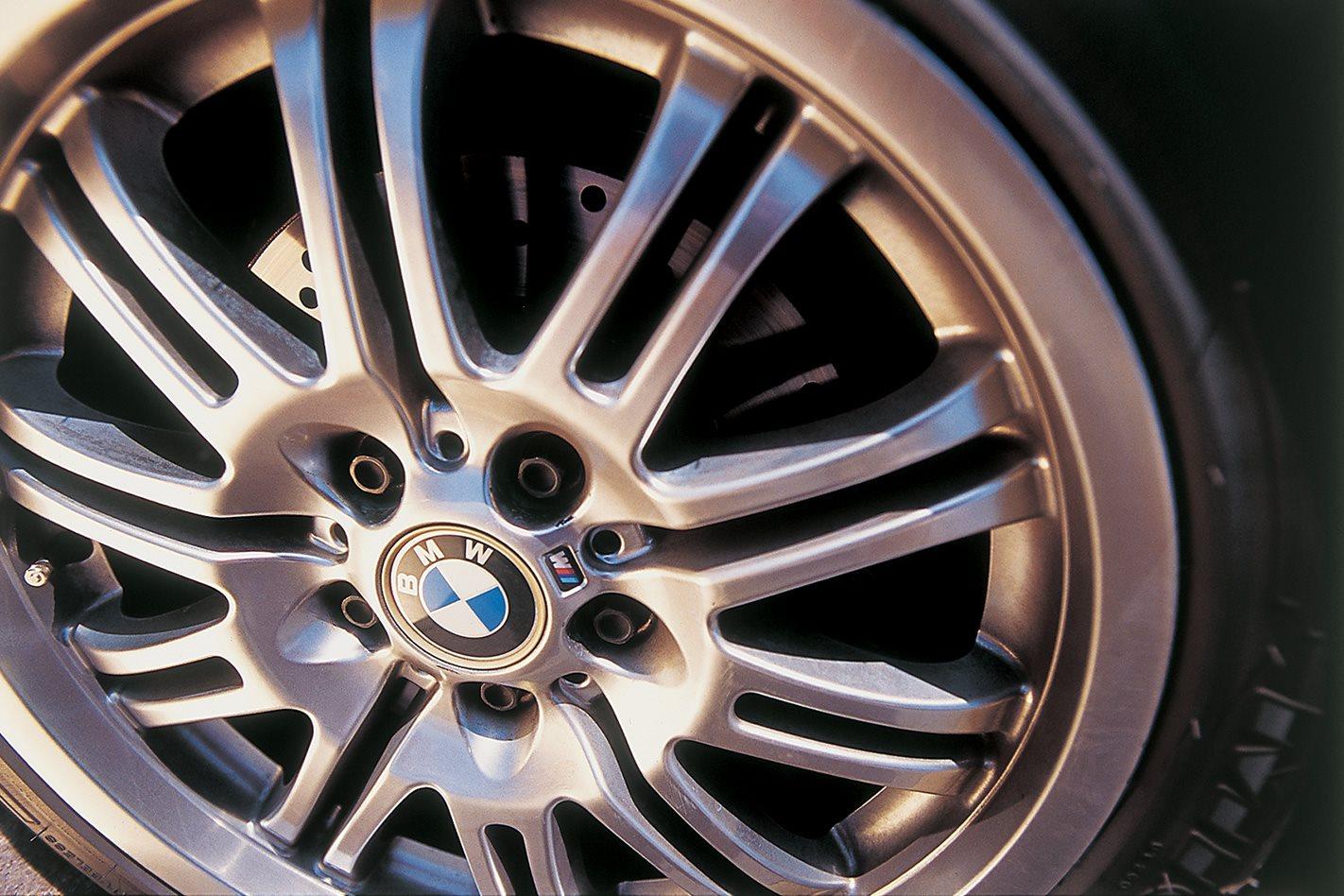 2003 BMW M3 wheel