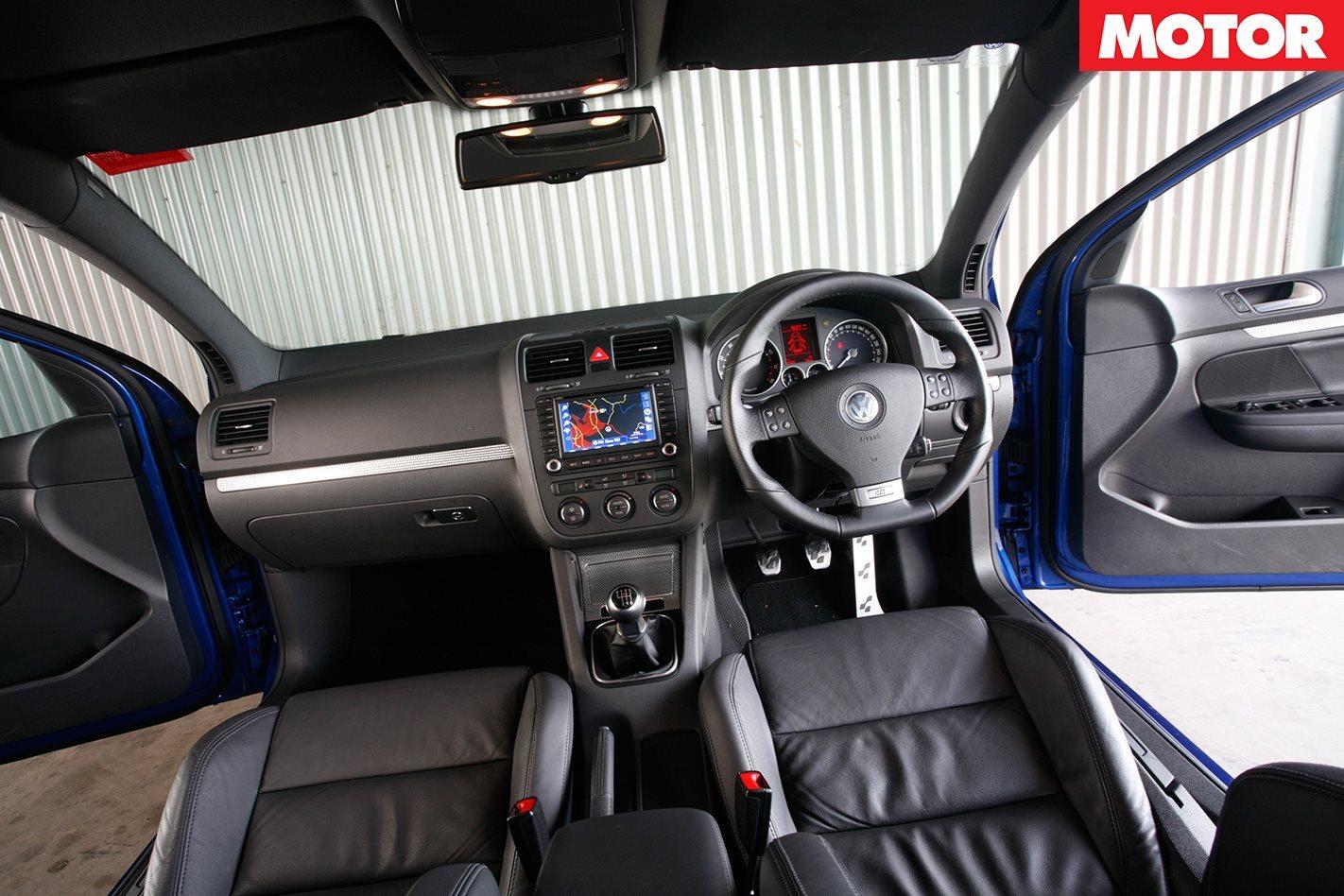 2008 Golf R32 interior