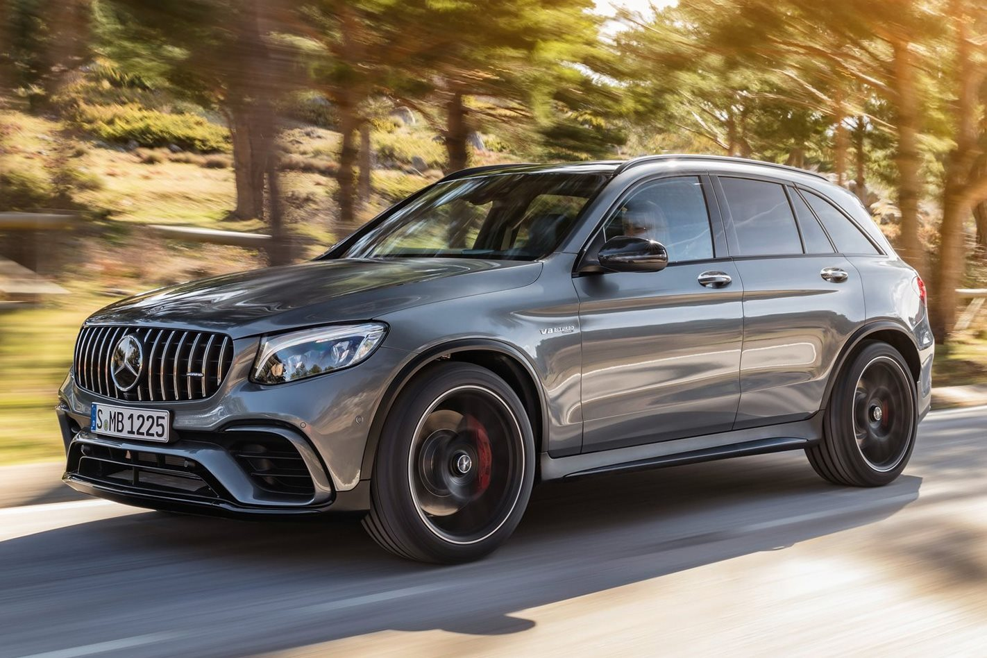 2018-Mercedes-Benz-GLC63-S-AMG.jpg