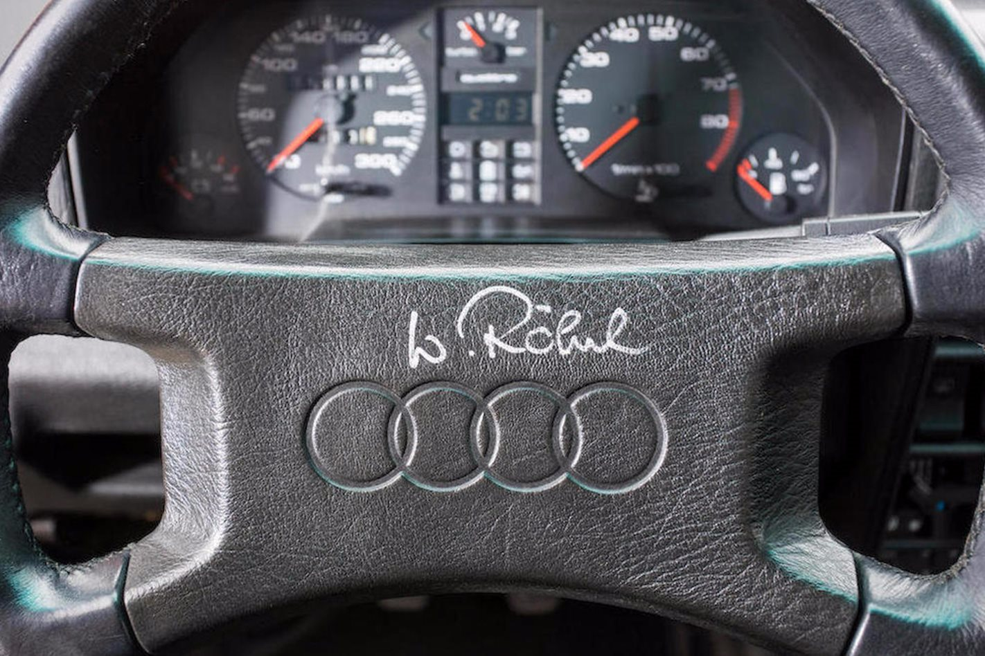 1985-Audi-Sport-Quattro-S1-steering-wheel.jpg