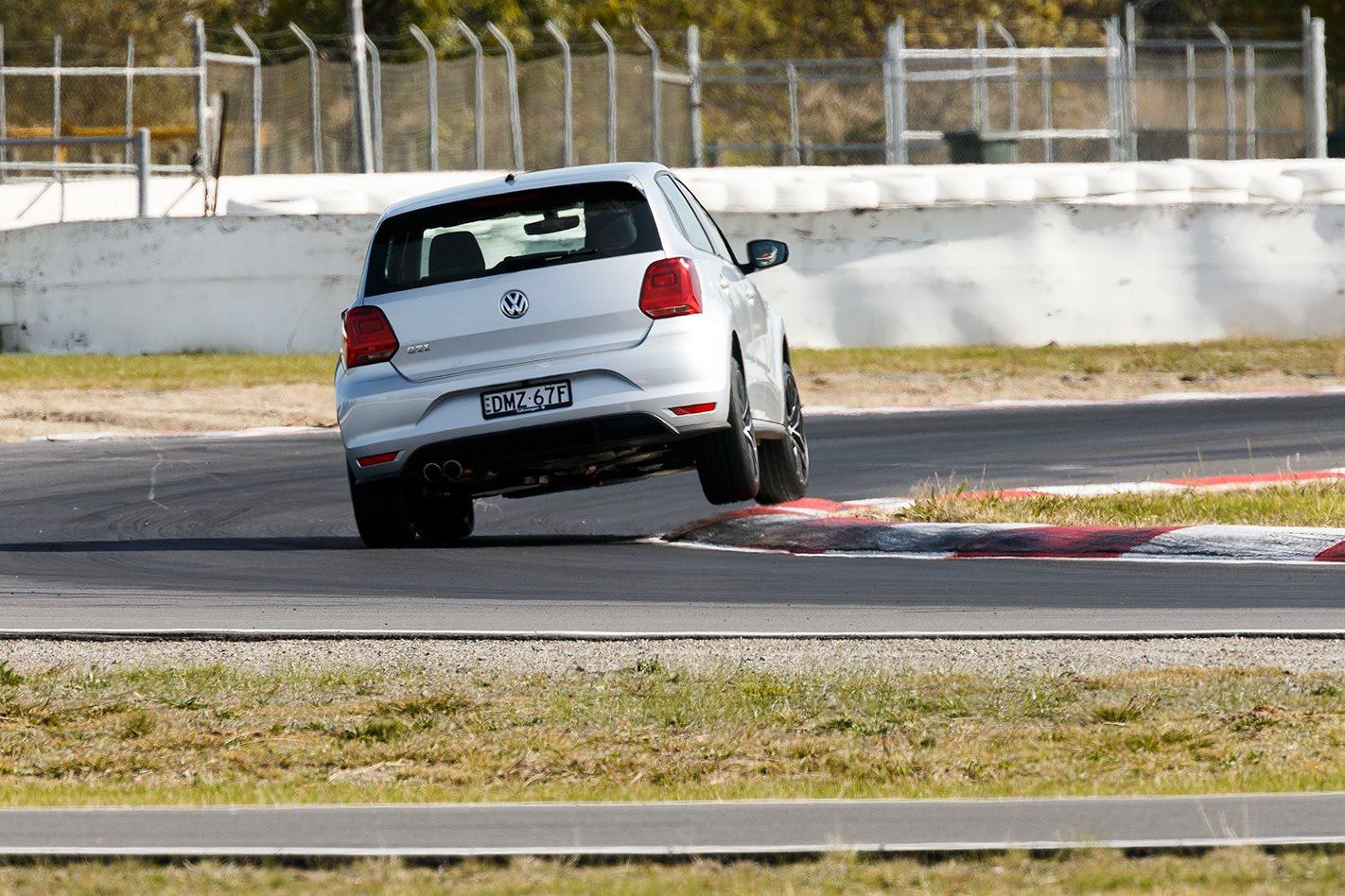2017 Volkswagen Polo GTI bend.jpg