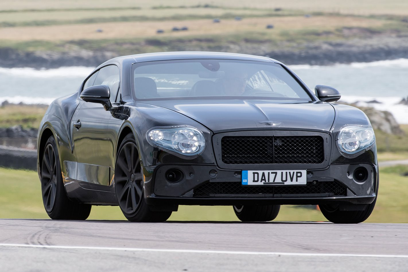2018 Bentley Continental GT protoype front facing