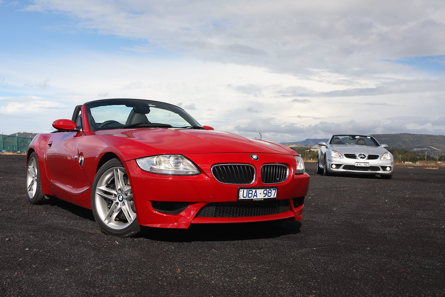 2006 BMW Z4 M vs Mercedes AMG SLK55 front