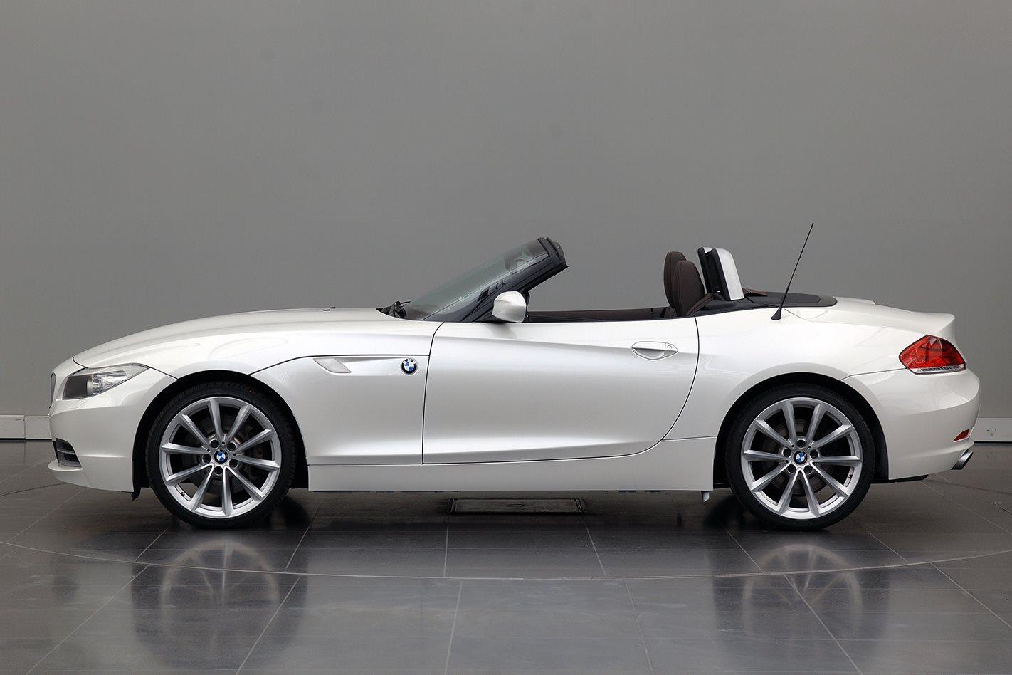 2012-BMW-Z4-20i-side.jpg