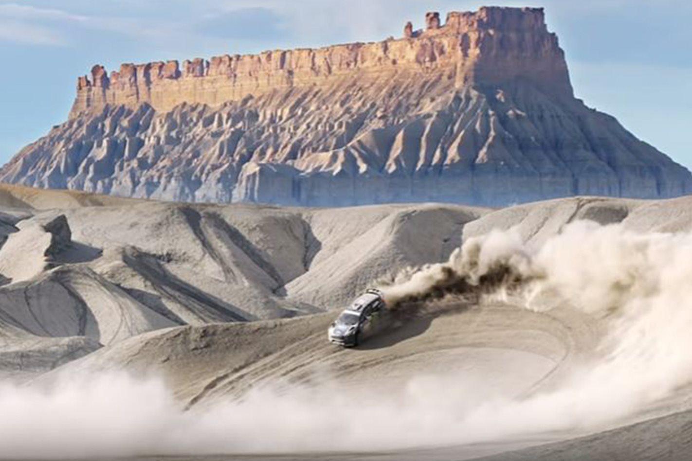 Ford Fiesta ST RX43 thrashing in desert