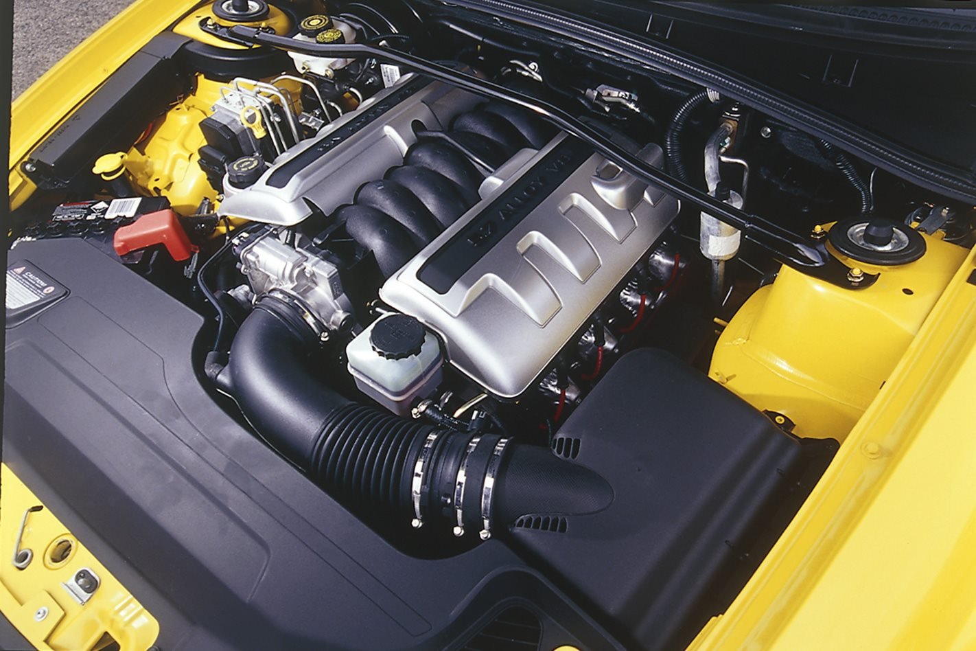 2004 Holden Monaro VZ engine