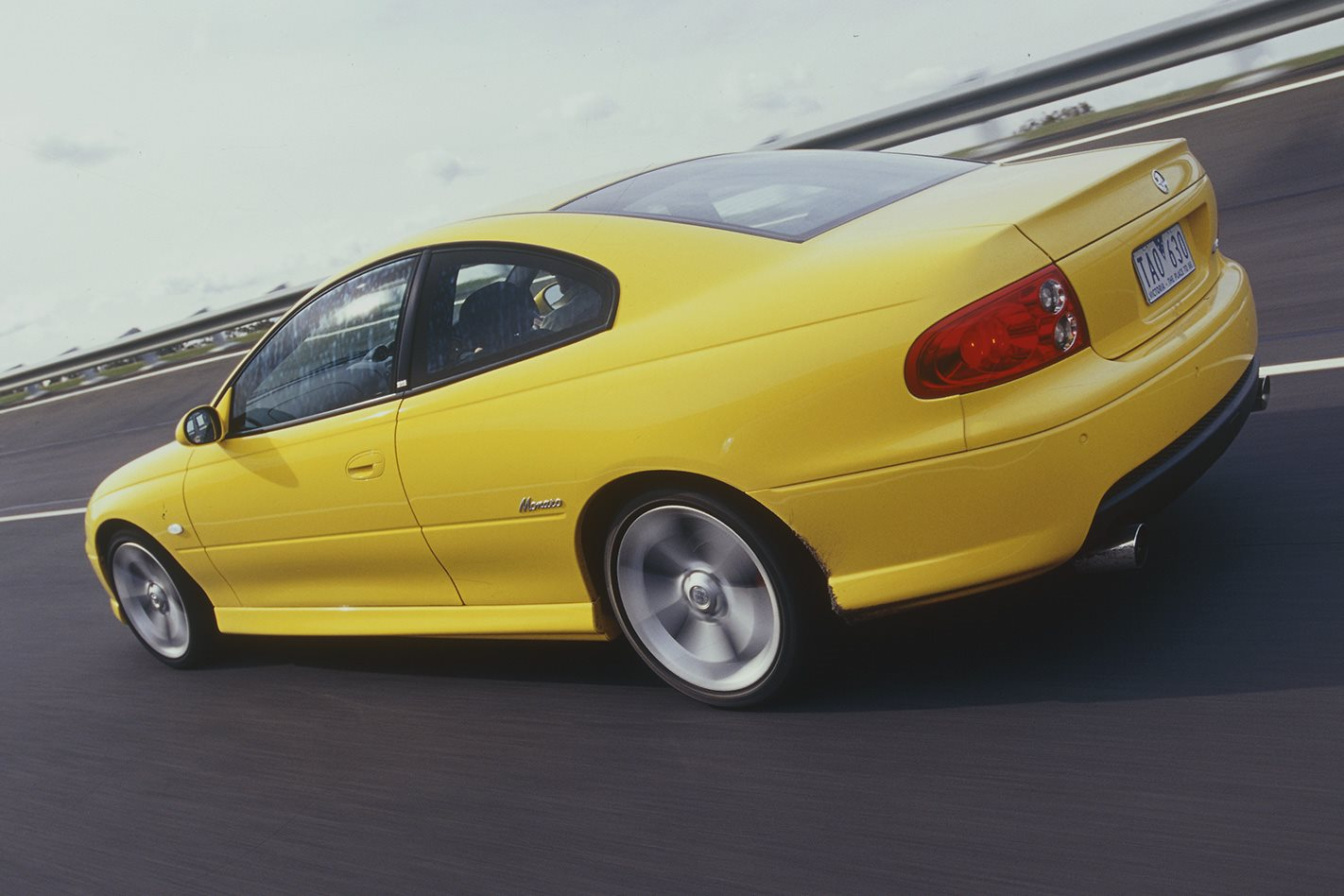 2004 holden monaro vz rear