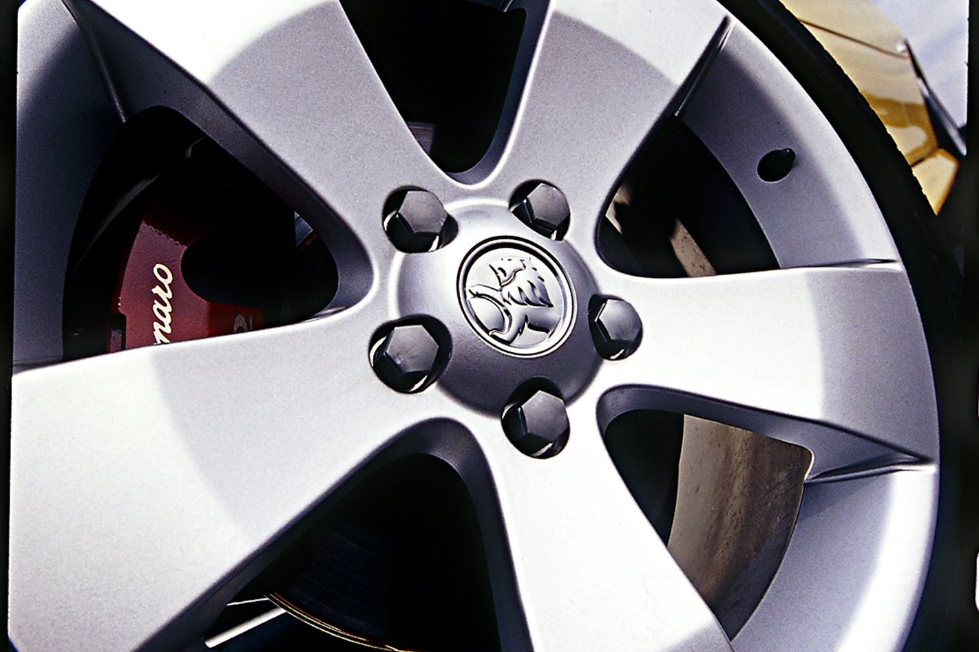 2004 Holden Monaro VZ wheels