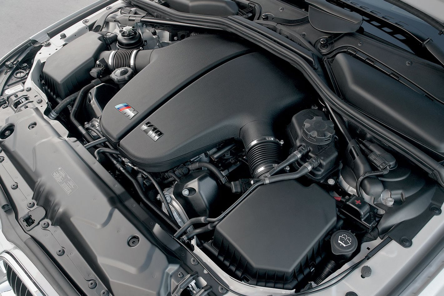 2005 E60 BMW M5 engine