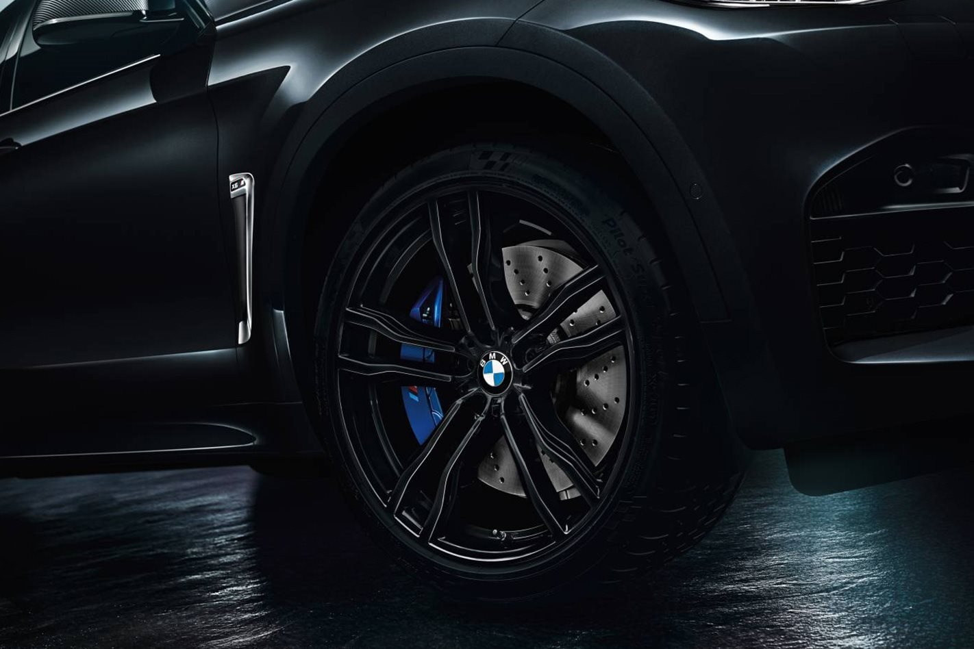 BMW X5 M and X6 M Black Fire Editions wheel