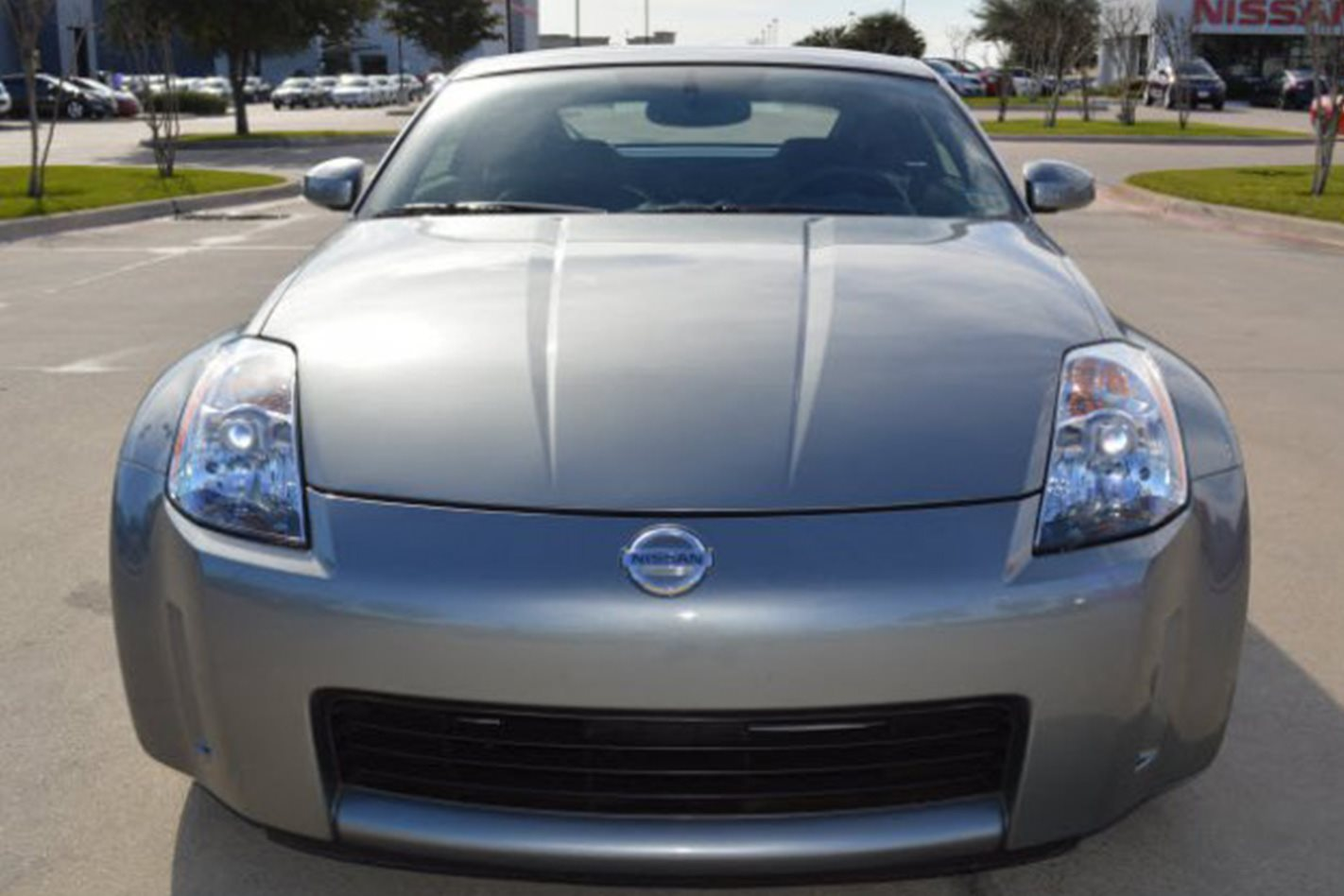 2003 Nissan 350Z headlights