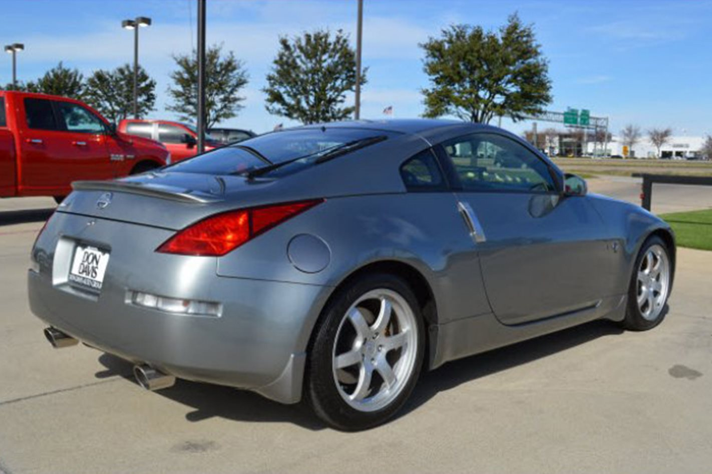 First 2003 Nissan 350Z rear