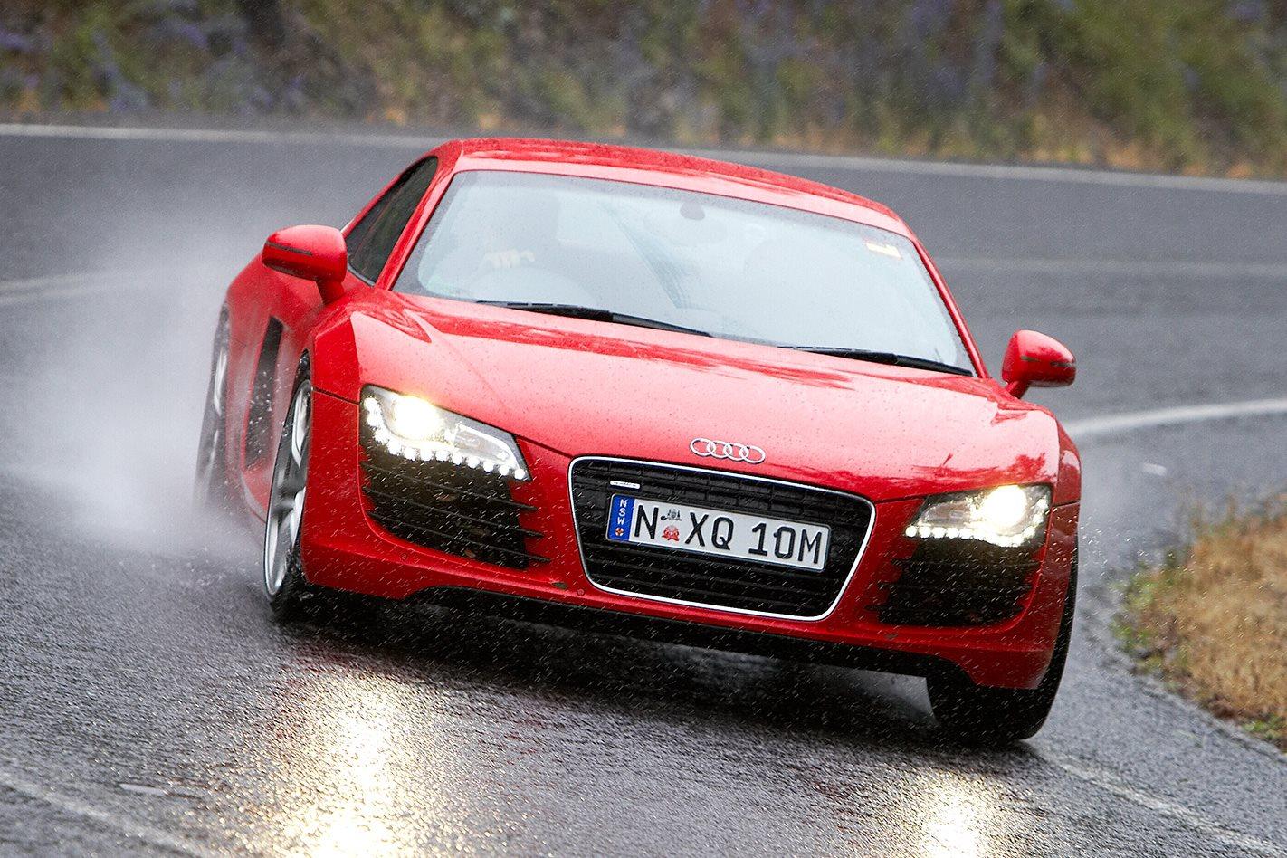 2008 Audi R8 front