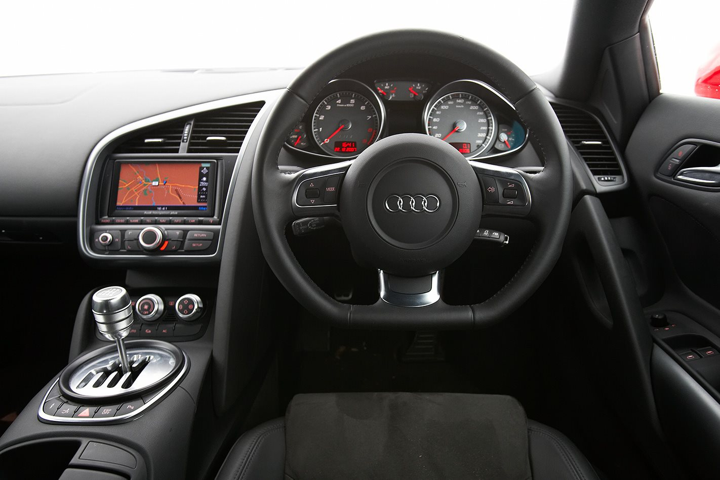 2008 Audi R8 steering wheel