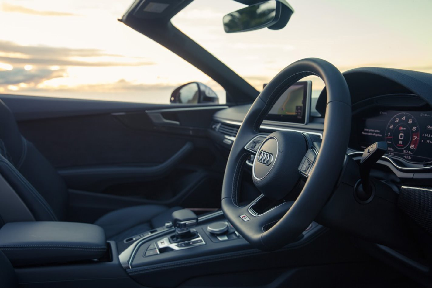 2017 Audi S5 Cabriolet steering wheel