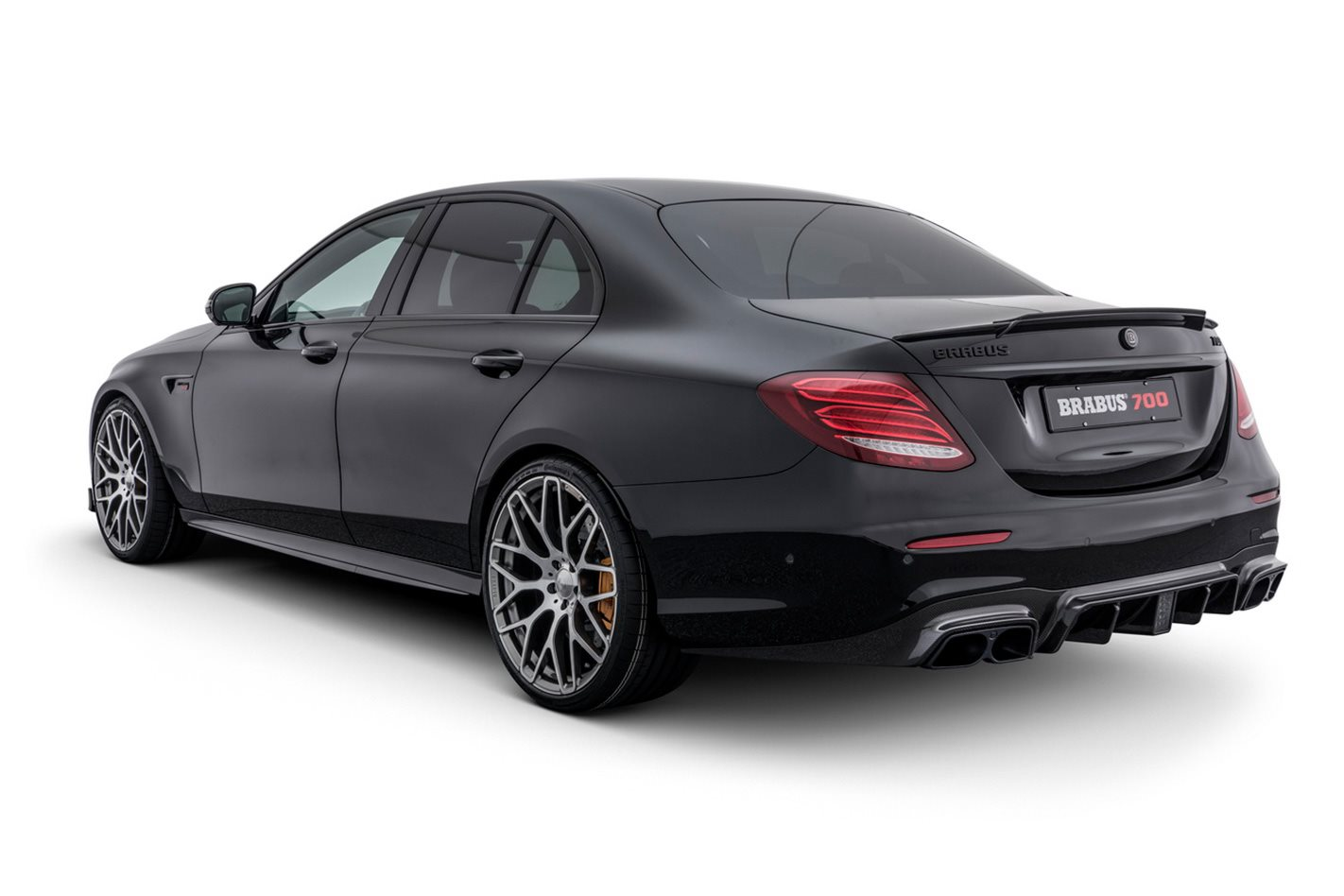 Mercedes-AMG-E63-based-Brabus-700-rear.jpg