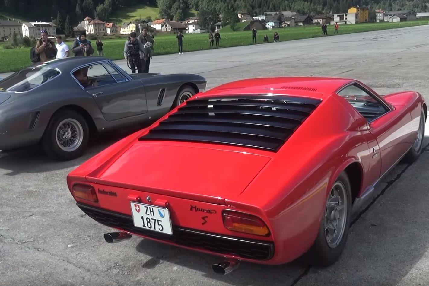 Ferrari 250 vs Lamborghini Miura