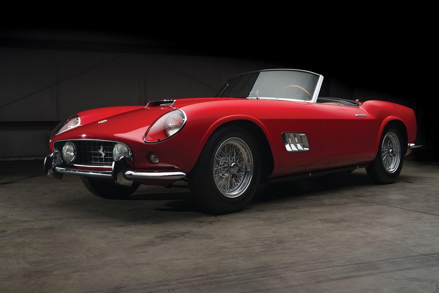 1959 Ferrari 250 GT LWB California Spider.jpg