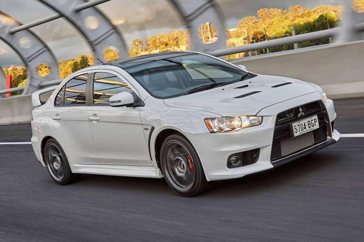 2015-Mitsubishi-Lancer-Evolution-Final-Edition.jpg