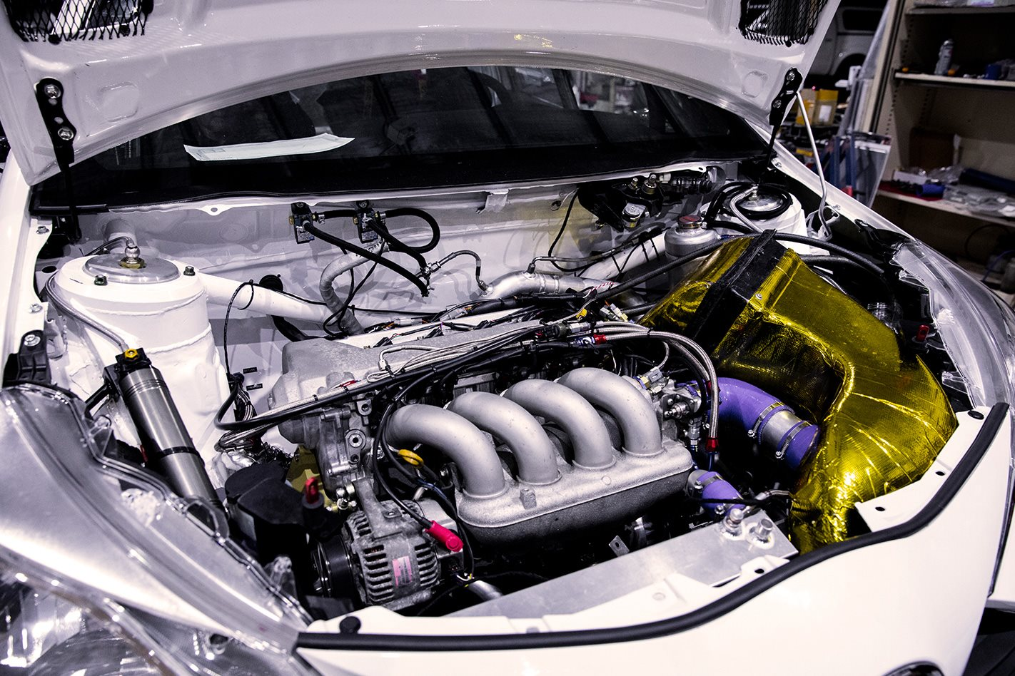 Toyota-Yaris-AP4-rally-car-engine.jpg