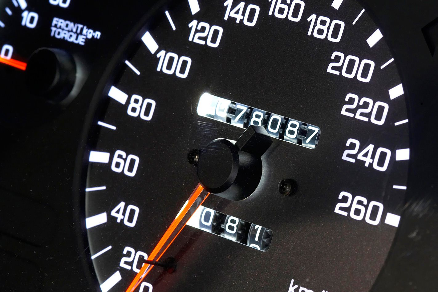 1991-Nissan-Skyline-GT-R-gauges.jpg
