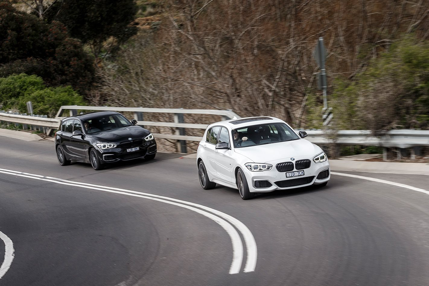 2017-BMW-M140i-steering.jpg