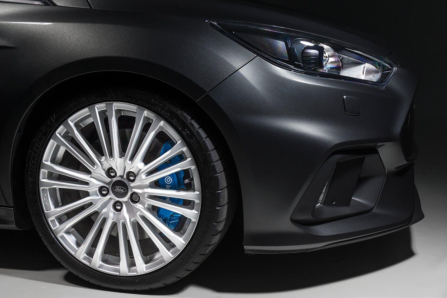 2017-Ford-Focus-RS-wheel.jpg