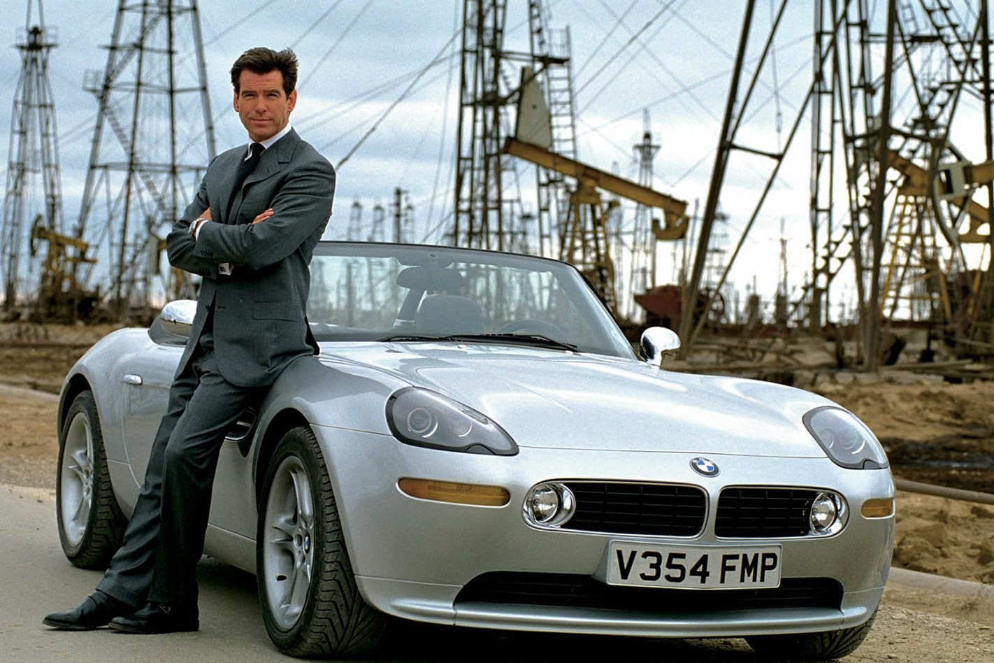 BMW Z8 - The World is Not Enough (1999)