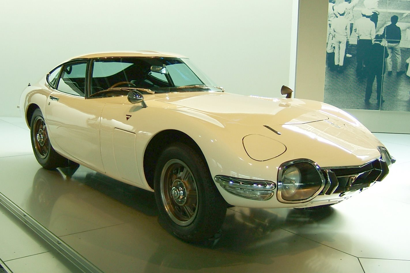 Toyota 2000GT - You Only Live Twice (1967)
