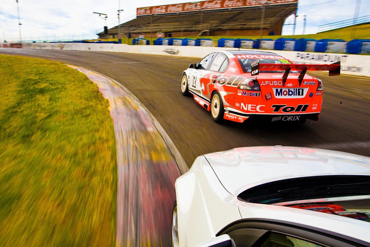 HSV-V8-Supercar-driving-Sydney-Oran-Park.jpg