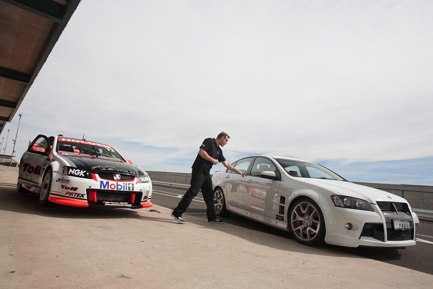 HSV-V8-Supercar-vs-HSV-W427-front.jpg