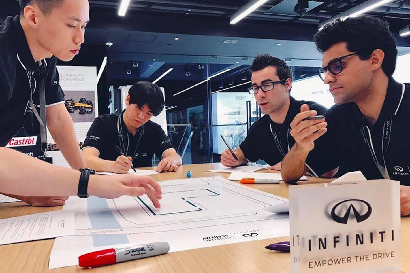 Infiniti-Engineering-Academy-workshop.jpg