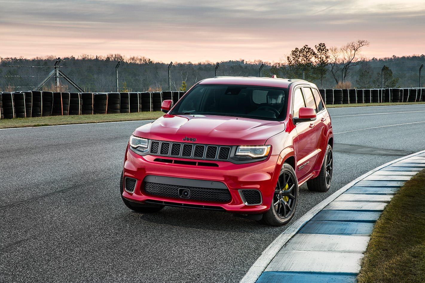 2018 Jeep Grand Cherokee Trackhawk front.jpg
