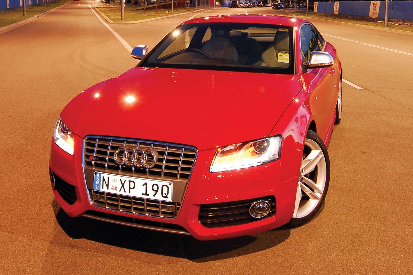 2008 Audi S5 S-Tronic front