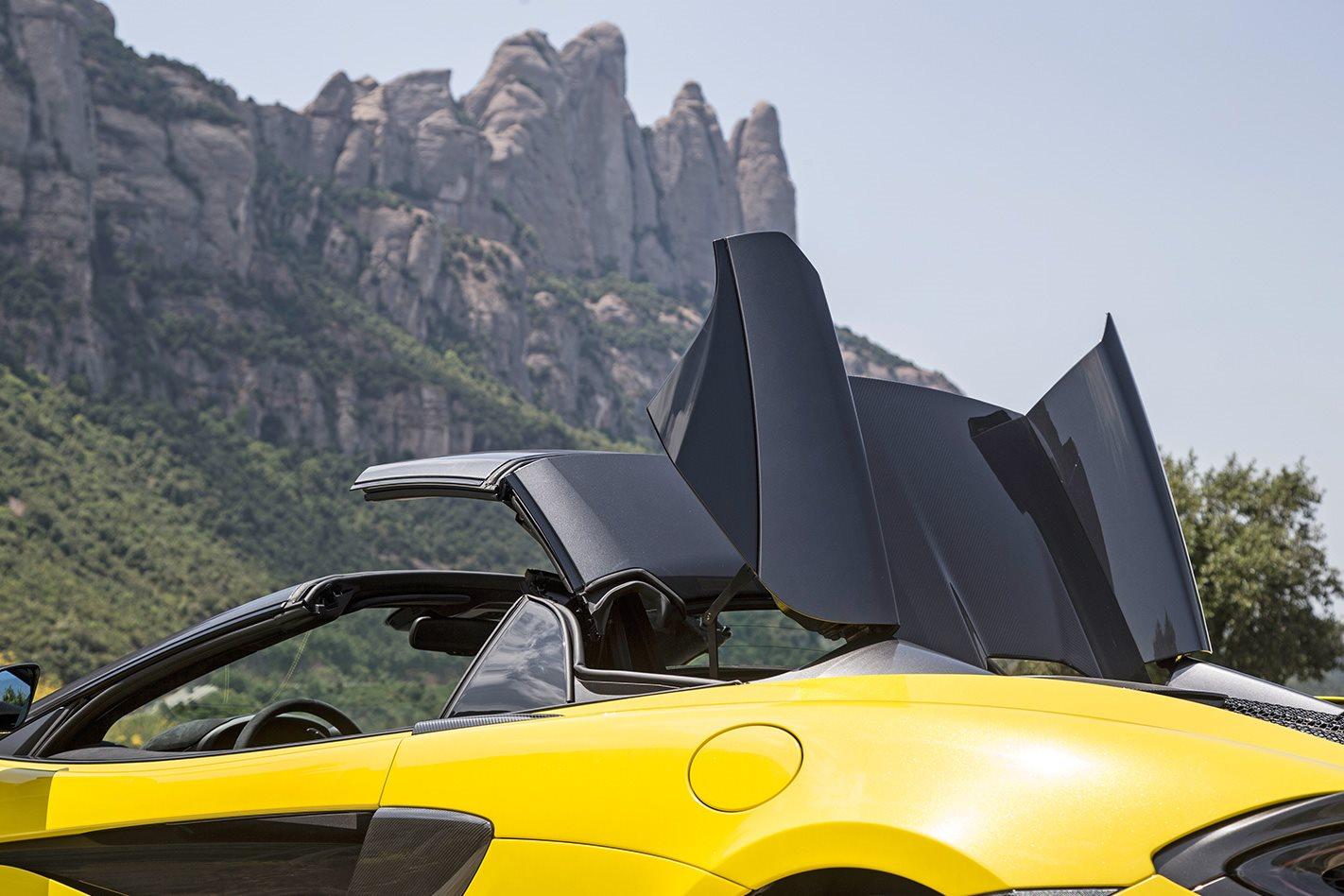 2017 McLaren 570S Spider convertible