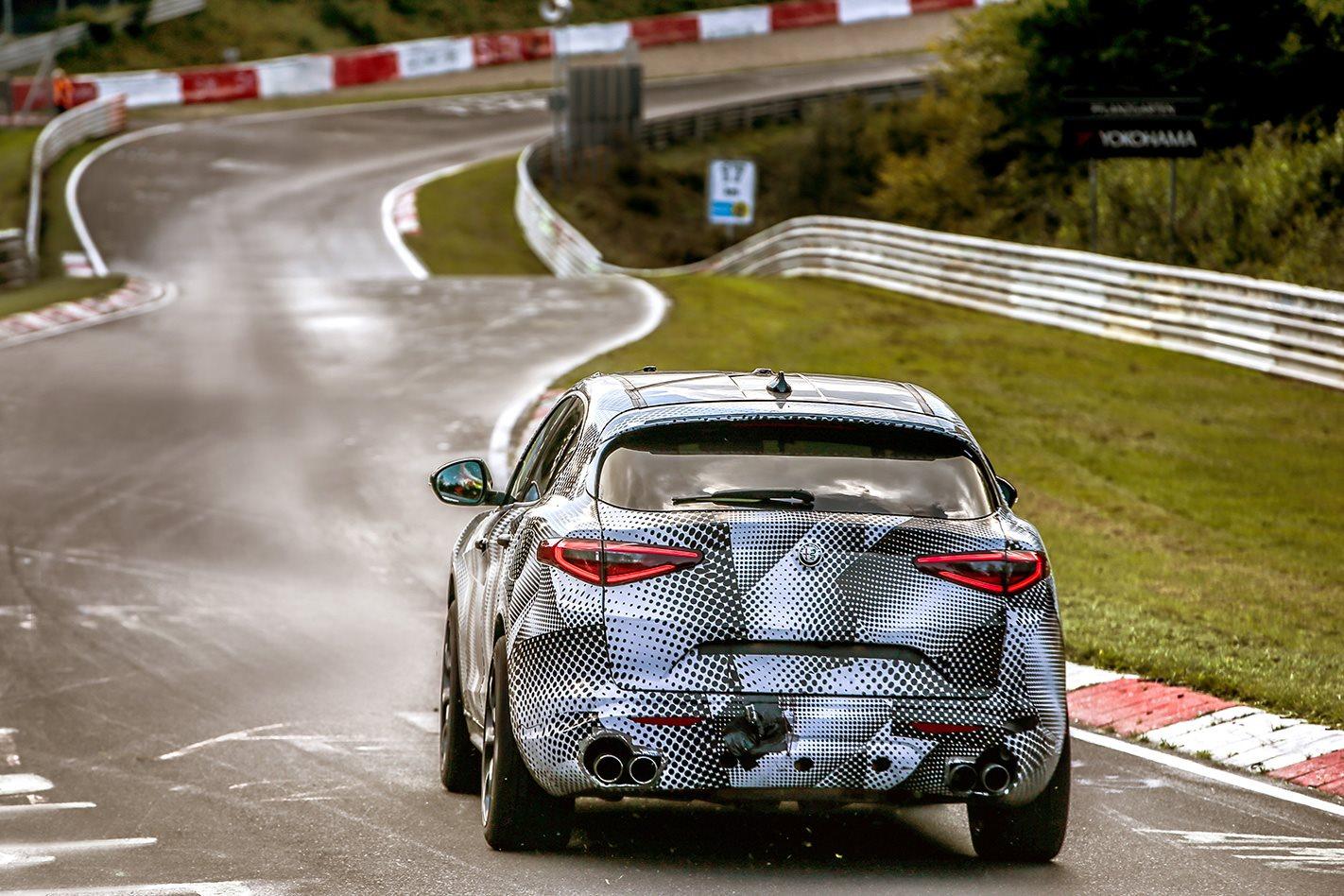 Alfa-Romeo-Stelvia-QV rear