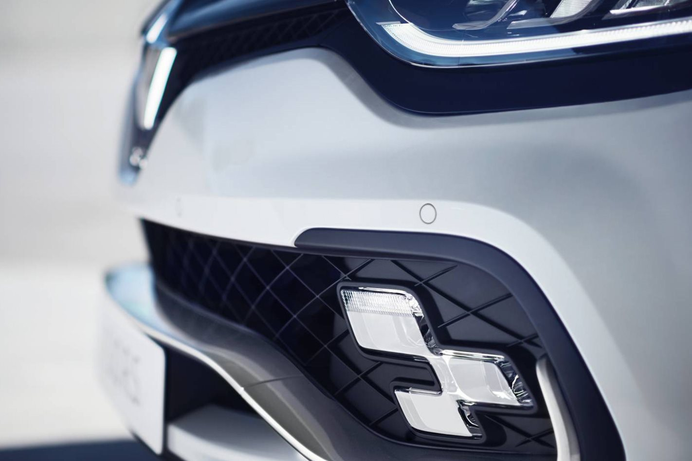 2018 Renault Clio RS Trophy front grill