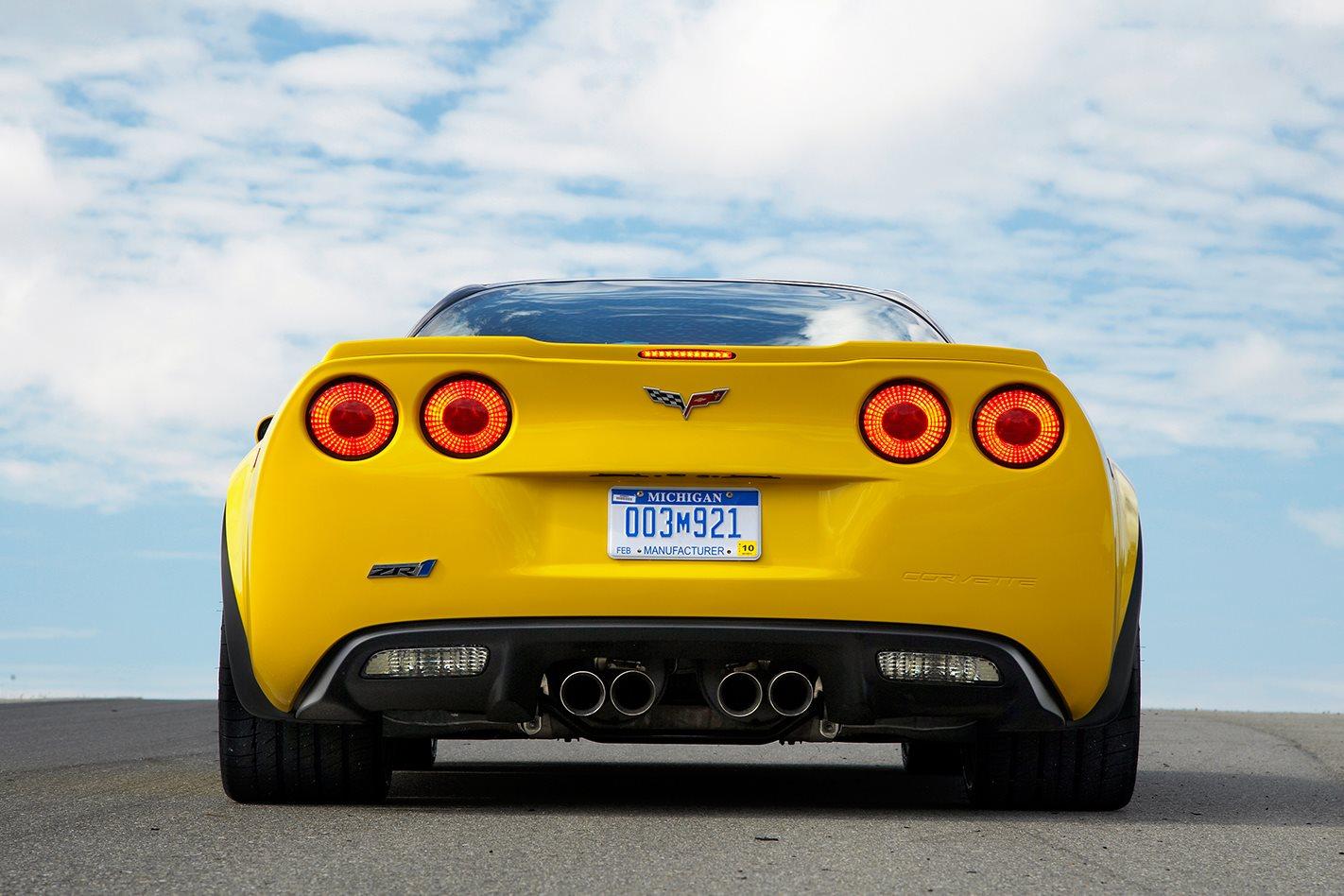 2009-Chevrolet-Corvette-ZR1-tailights.jpg