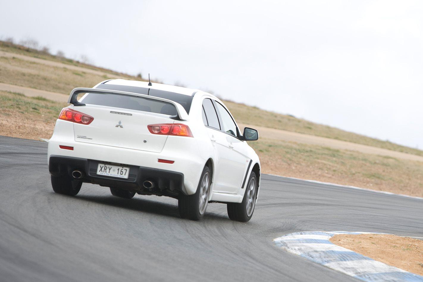 2008-Mitsubishi-Lancer-Evo-X-rear.jpg