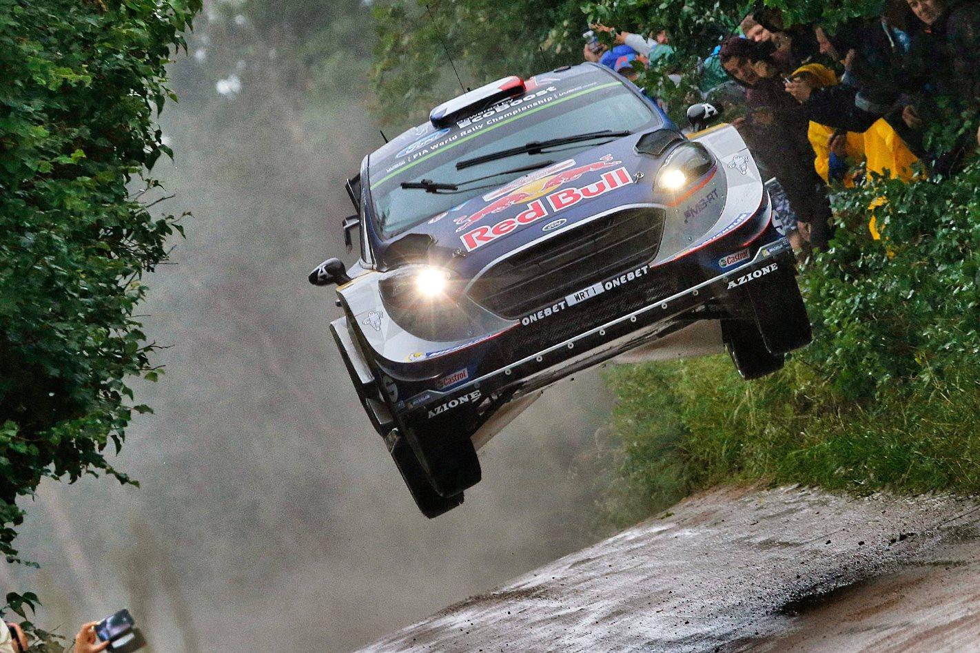 2015-Ford-Fiesta-ST-WRC-rally-offroad.jpg