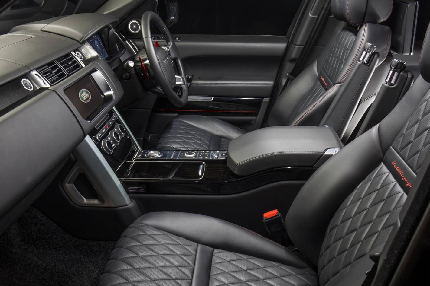 2018-Range-Rover-INTERIOR.jpg