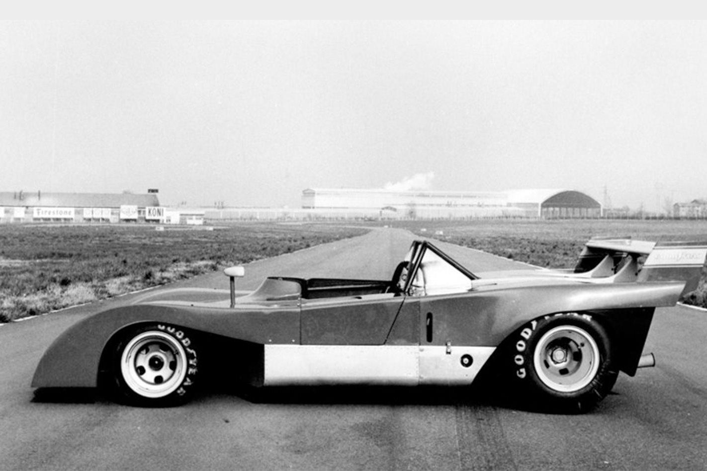 Ferrari 312P side