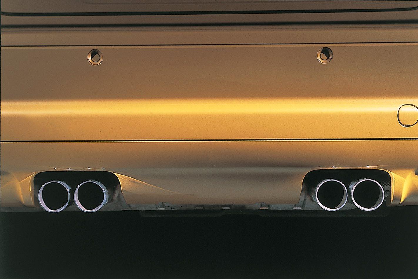 2002-BMW-E46-M3-EXHAUST.jpg