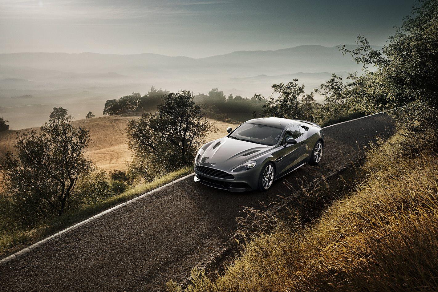 2012-Aston-Martin-Vanquish-drive.jpg