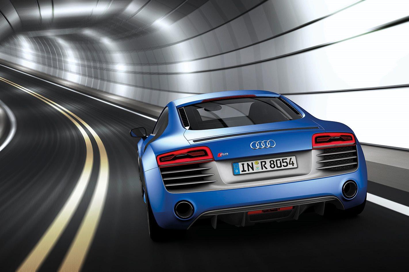 2013-Audi-R8-V10-Plus-rear.jpg