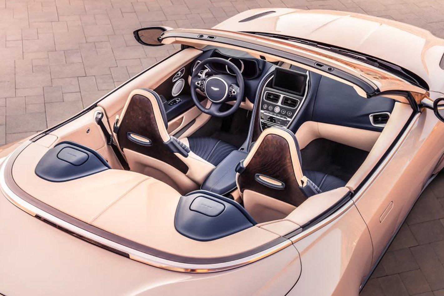 Aston-Martin-DB11-Volante-interior.jpg