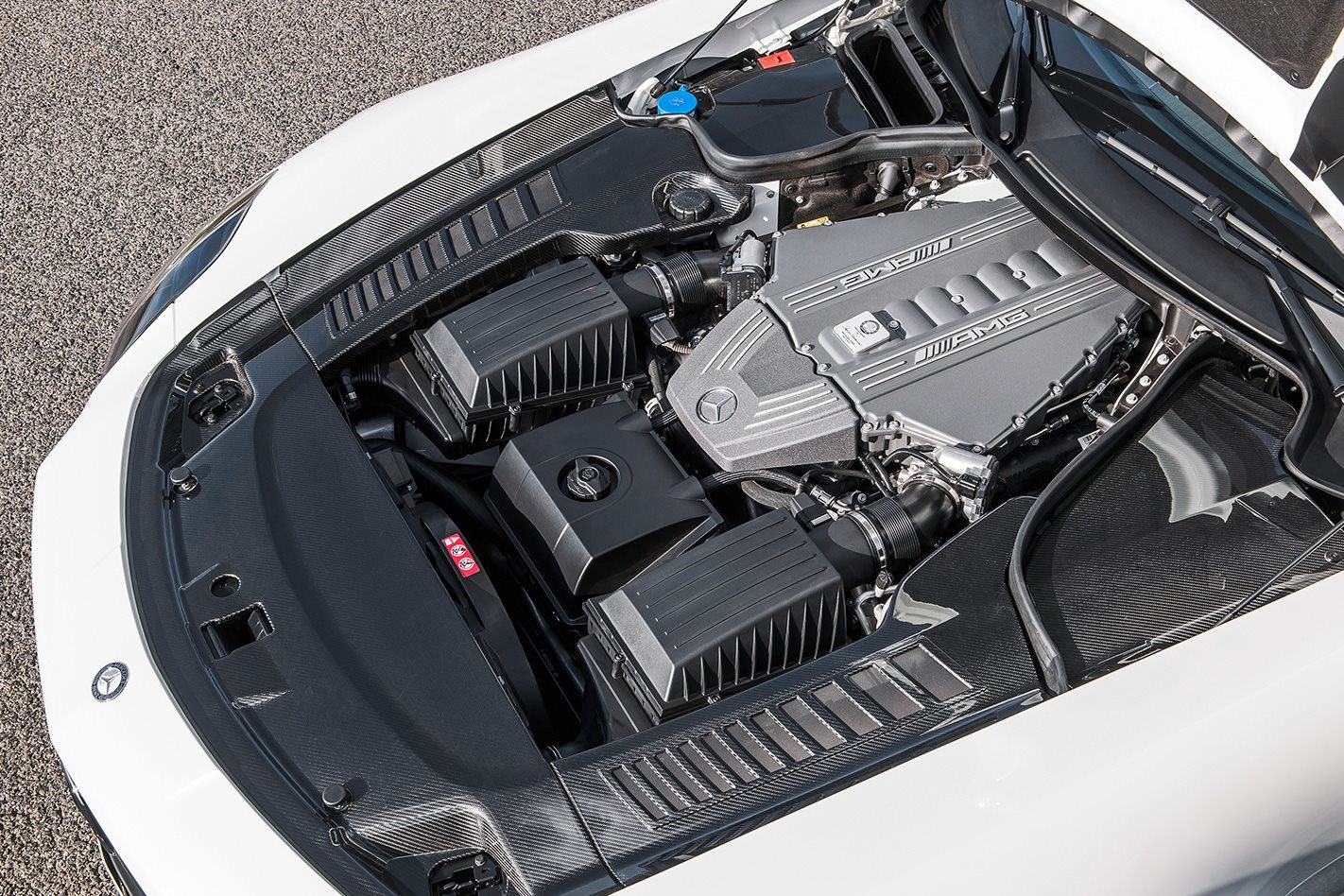 Mercedes-Benz-SLS-AMG-GT-engine.jpg