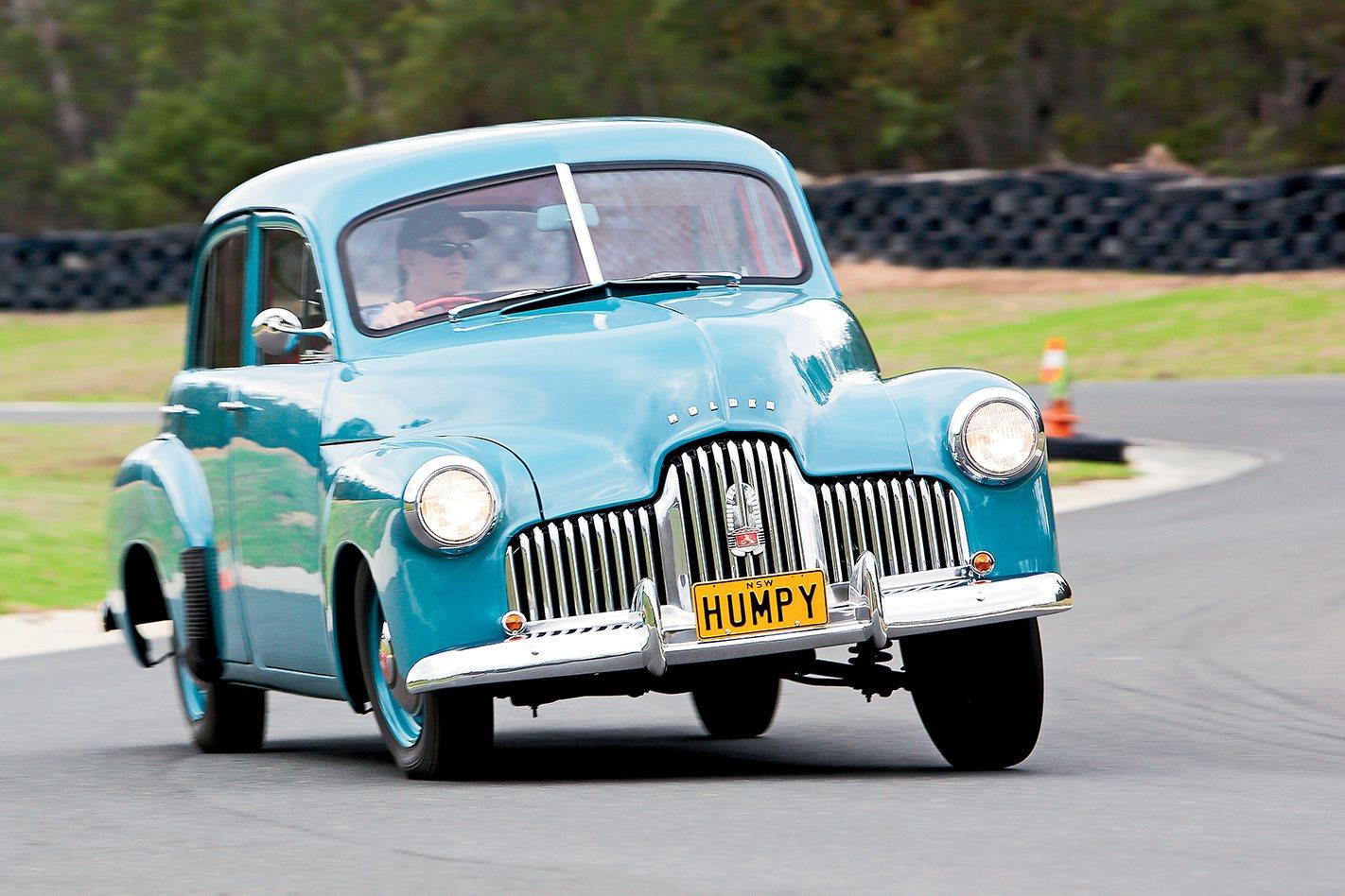 1948-Holden-215-FRONT.jpg