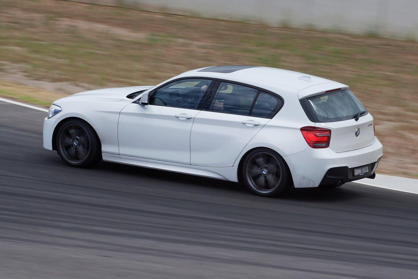2012-BMW-M135i-side.jpg
